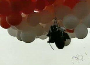 Padre e os balões